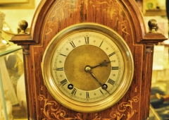 French Mantle Clock, Quarter hour strike.